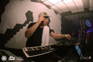 DSC_4209 (INEO 2 Year Anniversary: Neon Steve/ Scrumb + More – February 6th 2015)